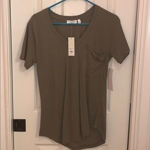 Cloth by Design Army Green V-Neck Top